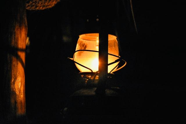 Vælg den perfekte lampe over dit spisebord